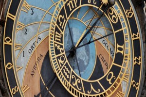 astronomical-clock-700x700